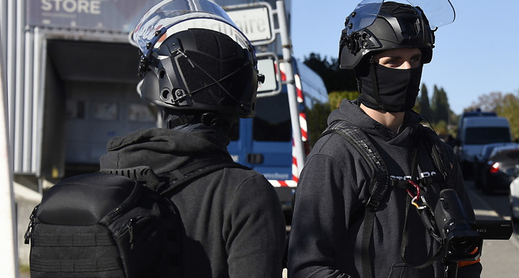 La police investit un squat au Mont-sur-Lausanne
