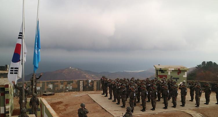 Les deux Corées commencent à détruire des postes-frontière