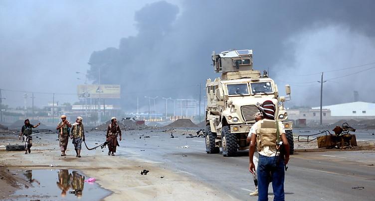 Premiers combats de rue dans un quartier résidentiel de Hodeida au Yémen