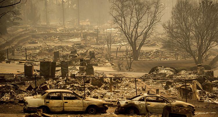 Incendie en Californie: le bilan monte à au moins 42 morts