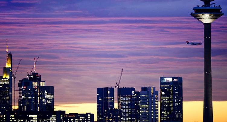 Les directeurs financiers ont moins confiance en l'économie suisse