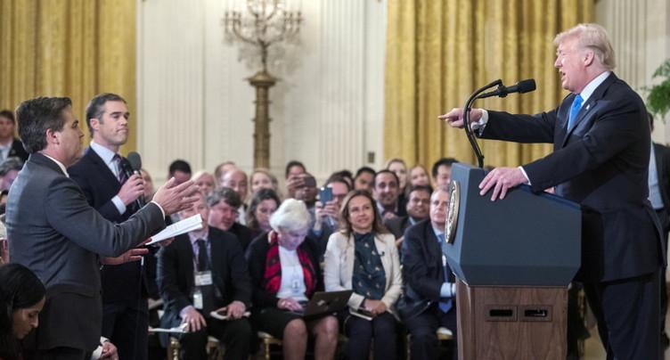 Accréditation retirée: CNN attaque la Maison Blanche en justice