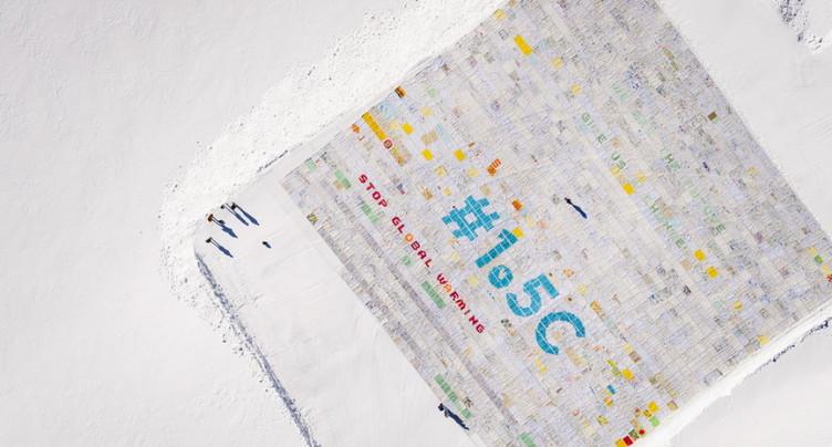 Climat: plus grande carte postale du monde sur le Jungfraujoch