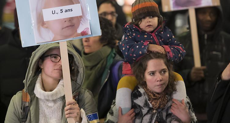 Renvoi des enfants migrants: Vaud ne veut pas d'une suspension