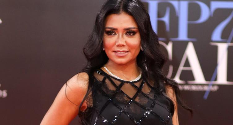 Egypte: plainte retirée contre une actrice à la robe transparente