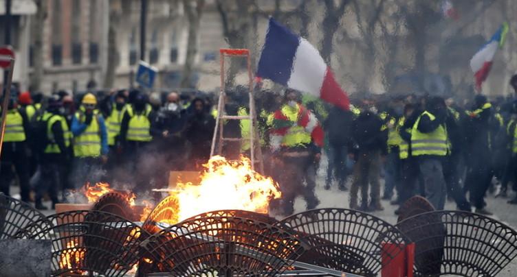 « Gilets jaunes »: un total de 1082 interpellations samedi à Paris