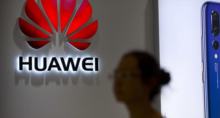 Directrice d'Huawei arrêtée: un second Canadien accusé par la Chine