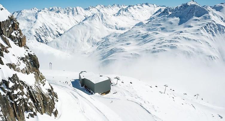 Inauguration du domaine skiable Andermatt-Sedrun