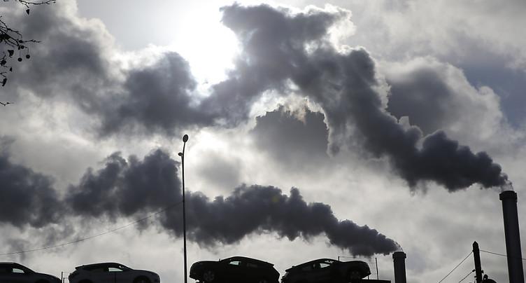 Climat: quatre ONG vont attaquer l'Etat français pour inaction