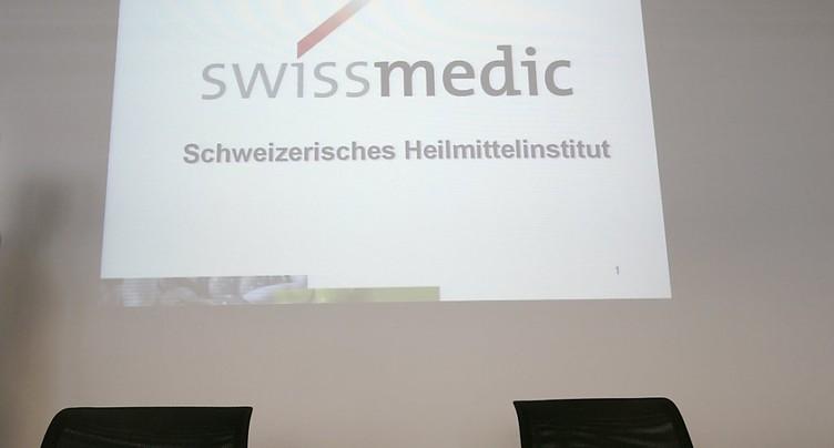 Swissmedic enquête sur des prothèses de hanche défectueuses
