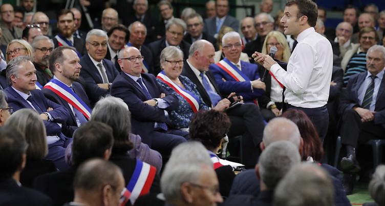 La crise des « gilets jaunes », « une chance », dit Macron