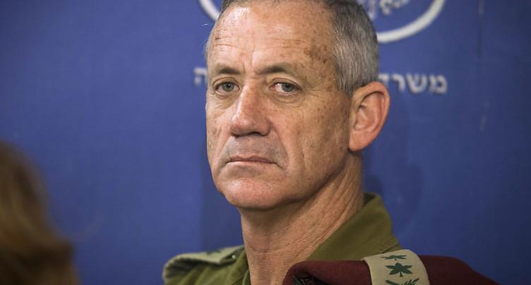 Le grand rival potentiel de Netanyahu sort, un peu, du silence