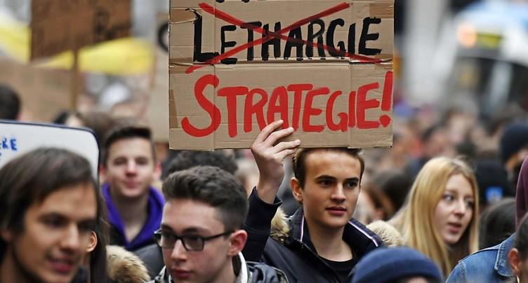 Les élèves suisses en grève pour le climat