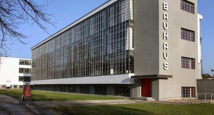 Toujours moderne à cent ans: le Bauhaus se célèbre en Allemagne