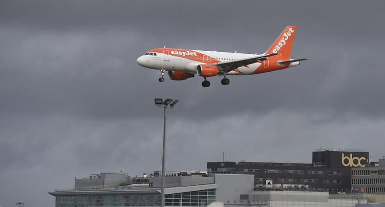 Impact négatif pour EasyJet après des vols de drones à Gatwick