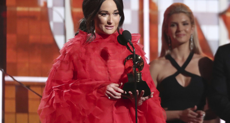 Grammy Awards: Kacey Musgraves remporte l'« album de l'année »