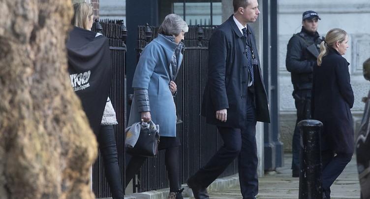 Theresa May perd un vote sur sa stratégie de négociation du Brexit
