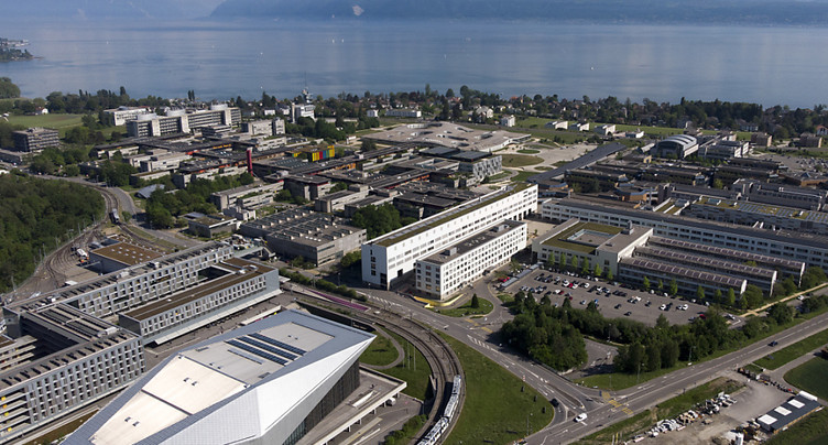 Blanc-seing pour le cours de mise à niveau de l'EPFL