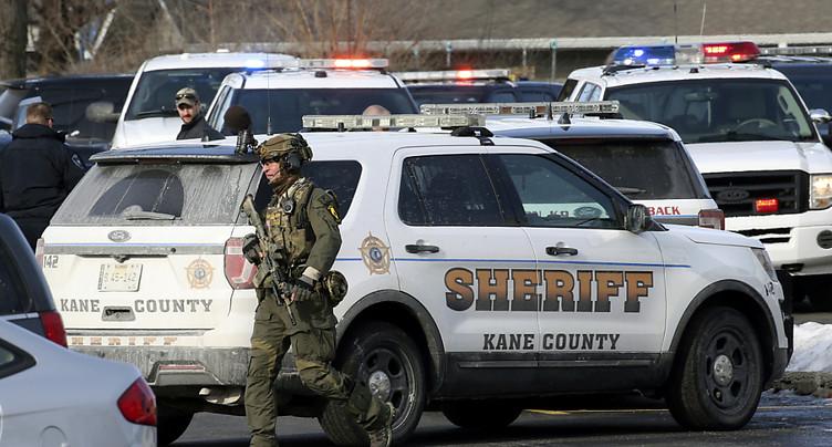 Un tireur ouvre le feu près de Chicago, un mort et des blessés