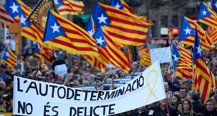 Environ 200'000 manifestants contre le procès des indépendantistes à Barcelone