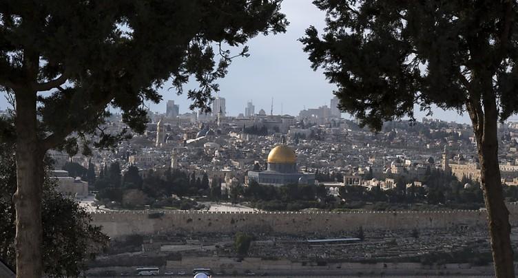 Israël bloque 138 millions destinés aux Palestiniens