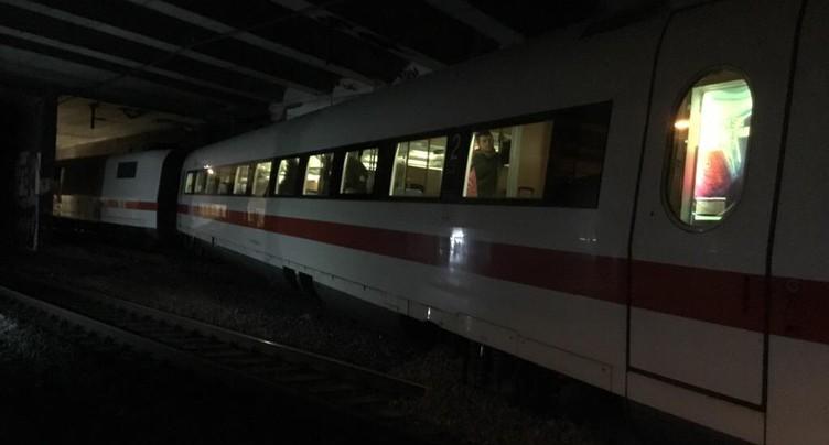 Un Intercity allemand déraille à Bâle, trafic interrompu