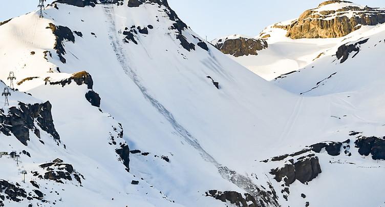 Plusieurs personnes emportées par une avalanche à Crans-Montana