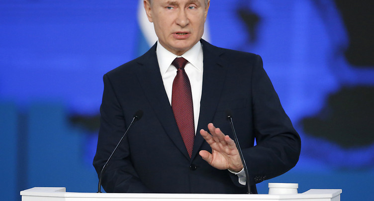 Poutine promet aux Russes une amélioration de leur situation