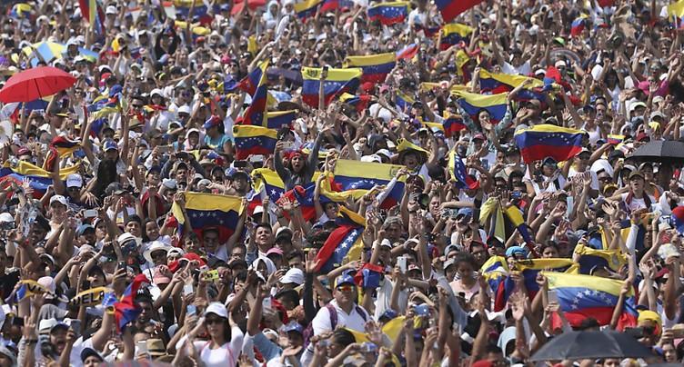 Foule pour le concert Venezuela Aid Live à la frontière de Colombie