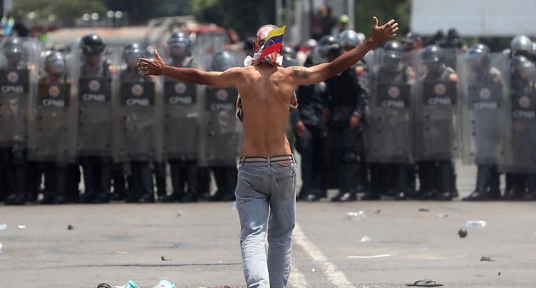La Colombie ordonne le retour des camions d'aide pour le Venezuela