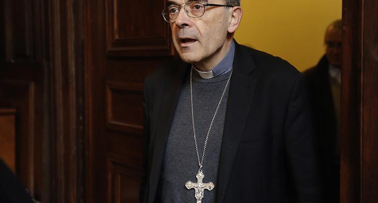 Le cardinal Barbarin chez le pape pour présenter sa démission