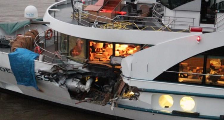 Pays-Bas: collision entre un bateau de croisière suisse et un cargo