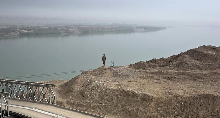 Irak: plus de 75 morts dans le naufrage d'un bac à Mossoul
