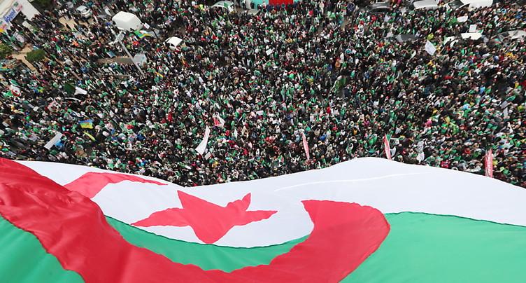 Les Algériens restent fortement mobilisés