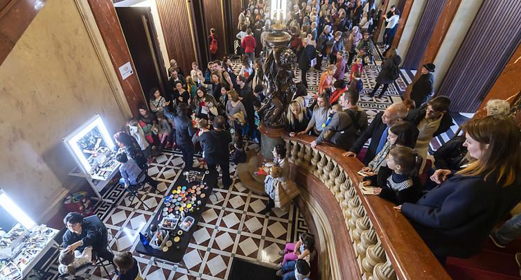 Les gens sont venus en masse découvrir le Grand Théâtre rénové
