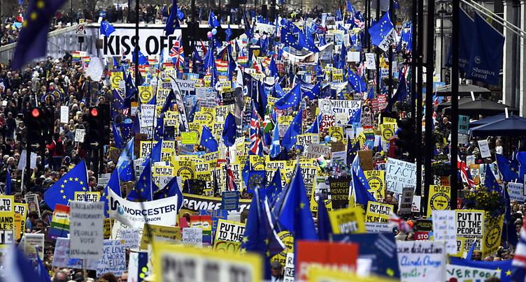 Manifestation géante à Londres pour un référendum sur le Brexit