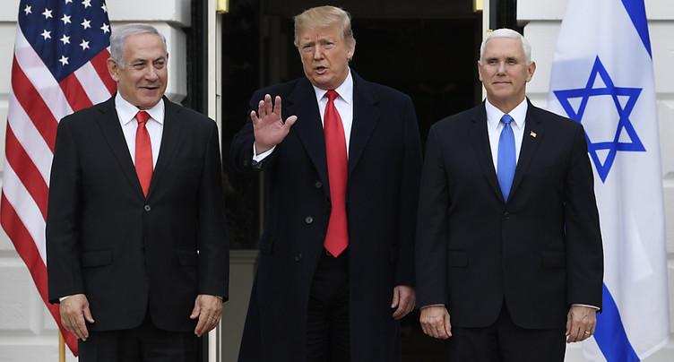 Golan: Trump signe le décret reconnaissant la souveraineté d'Israël