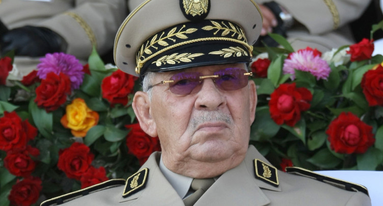 Le chef d'état-major veut que Bouteflika soit déclaré inapte