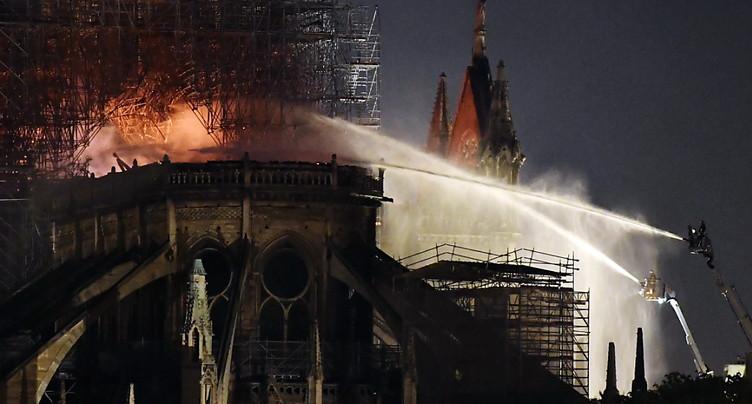 Notre-Dame sauvée des flammes, la reconstruction sera titanesque