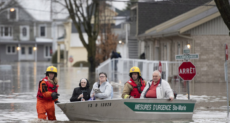 Les inondations prennent de l'ampleur dans l'est du Canada
