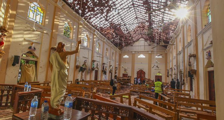 Le Sri Lanka observe trois minutes de silence après les attentats