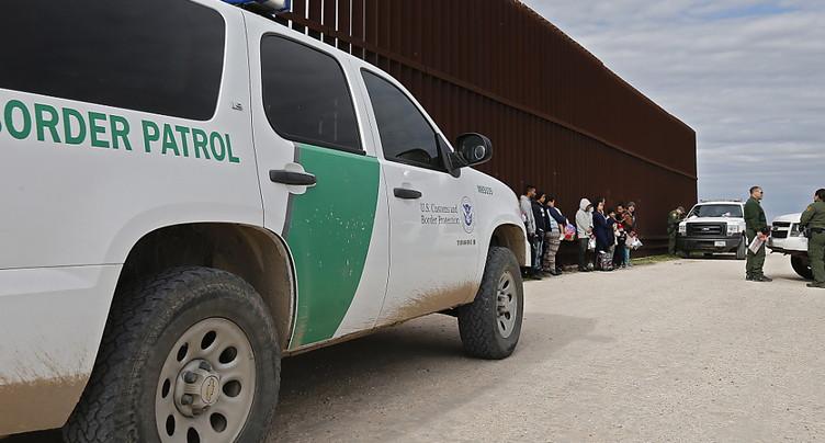Donald Trump envoie des soldats à la frontière mexicaine