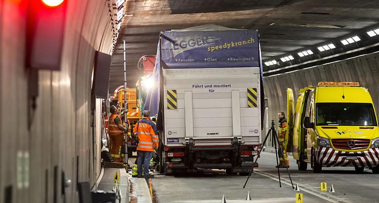 Tunnel du Gothard fermé après un accident mortel