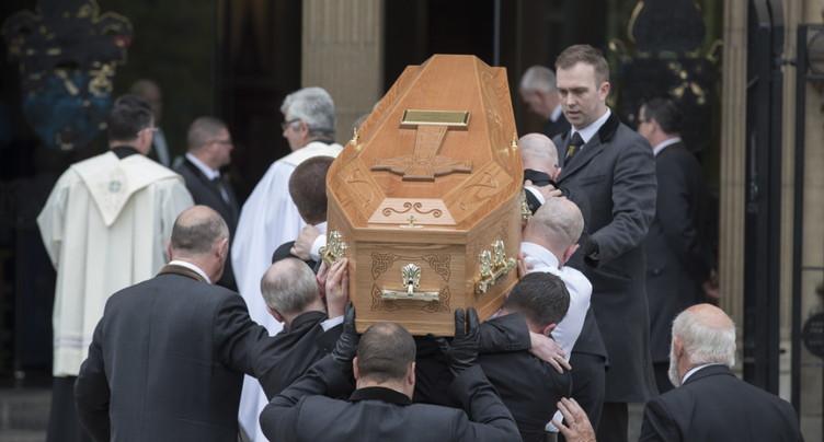 Appel pour « construire la paix » aux funérailles de Lyra McKee