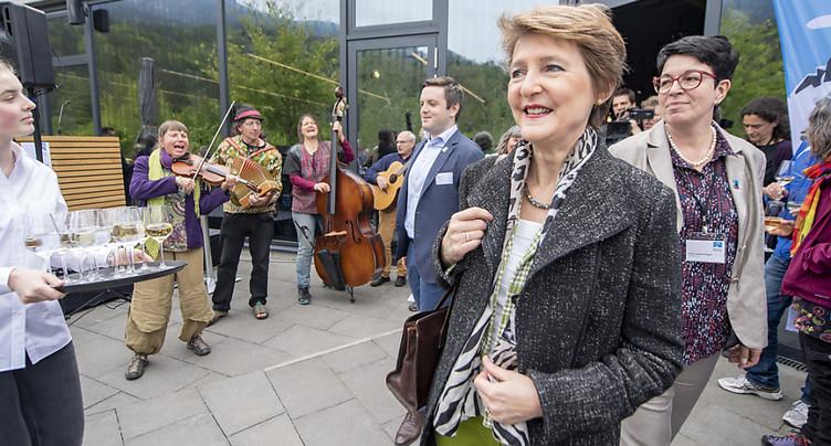 L'Initiative des Alpes veut la fin des camions à essence