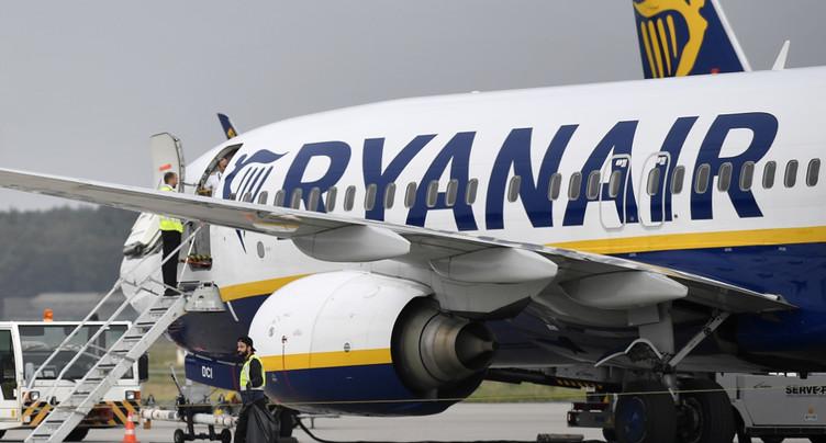 Ryanair: chute de 29% du bénéfice annuel à cause de la concurrence