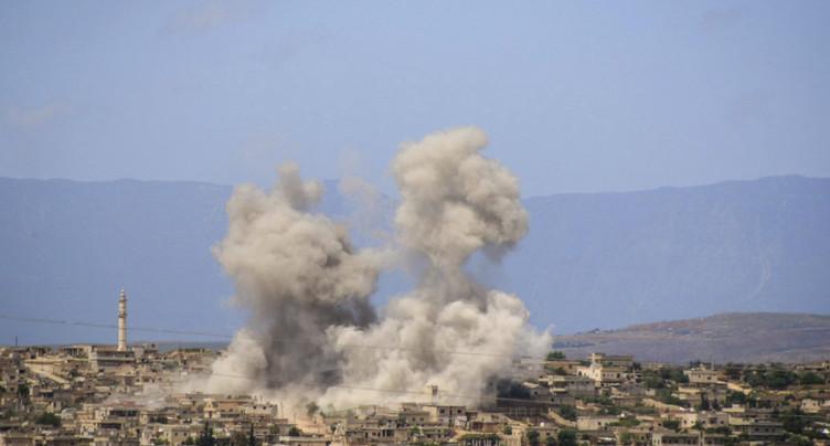 Au moins 10 civils tués dans des frappes russes sur Idleb (ONG)