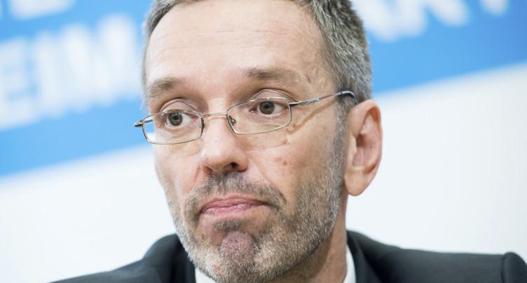 Autriche: le ministre d'extrême droite Kickl limogé