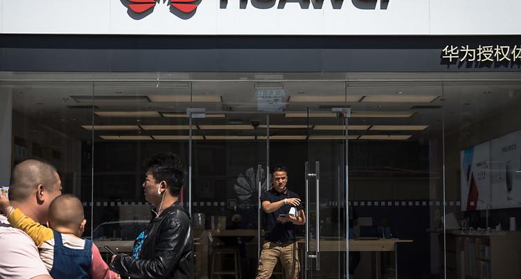 Les Etats-Unis accordent trois mois de délai à Huawei