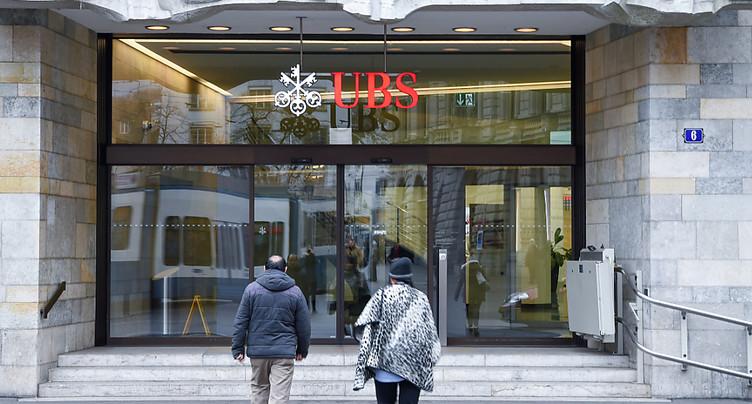 UBS, rare banque suisse à ne plus rémunérer les comptes d'épargne
